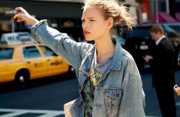 Το denim jacket είναι η πιο χρήσιμη αγορά του φθινοπώρου