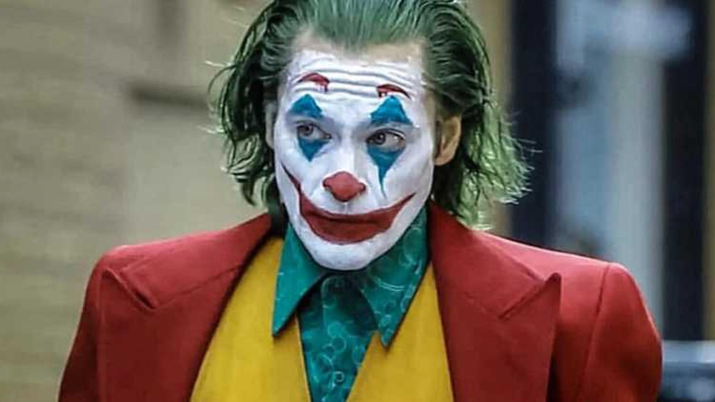Φταίει ο Joker που ο κόσμος δεν πάει φέτος στο θέατρο;