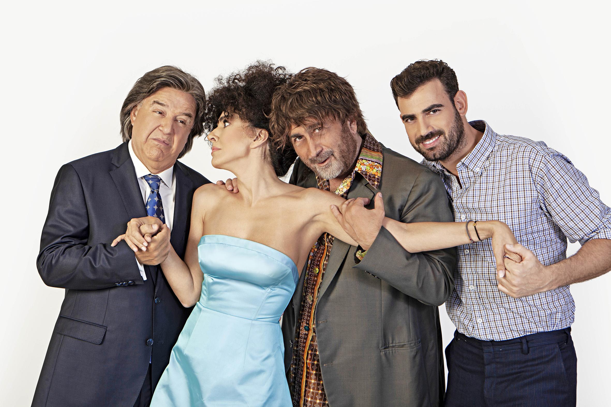 Ο Λάκης Λαζόπουλος και η παρέα του μας λένε «Βρε Καλώς Τους» στο Θέατρο Βρετάνια