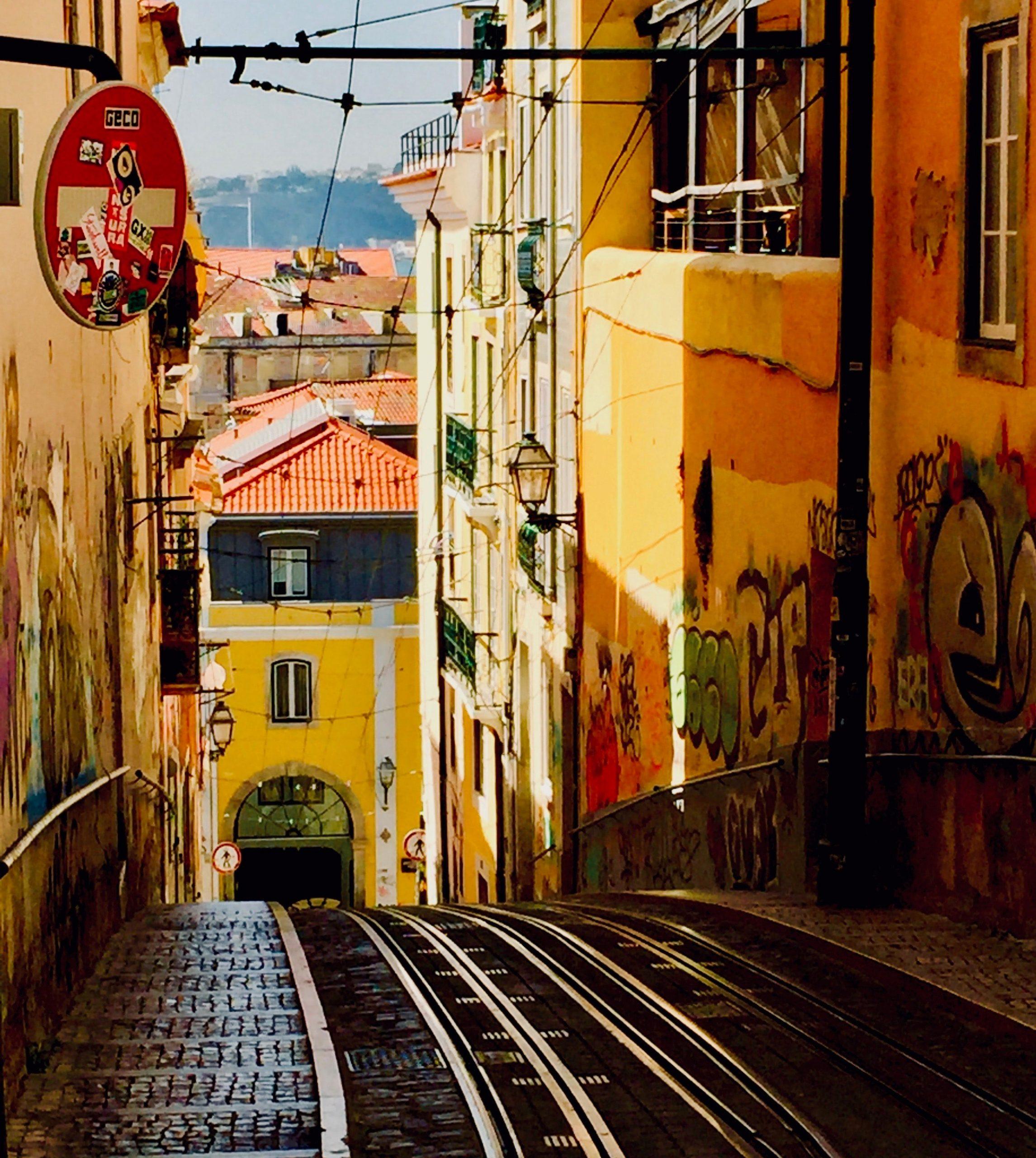 Τι είναι αυτό που κάνει τη Λισαβόνα τόσο ακαταμάχητο προορισμό;