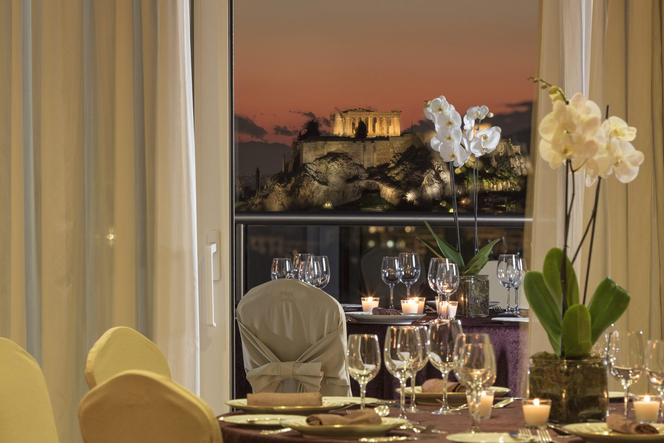 Ρεβεγιόν με λάμψη στον Όμιλο Ξενοδοχείων Διβάνη