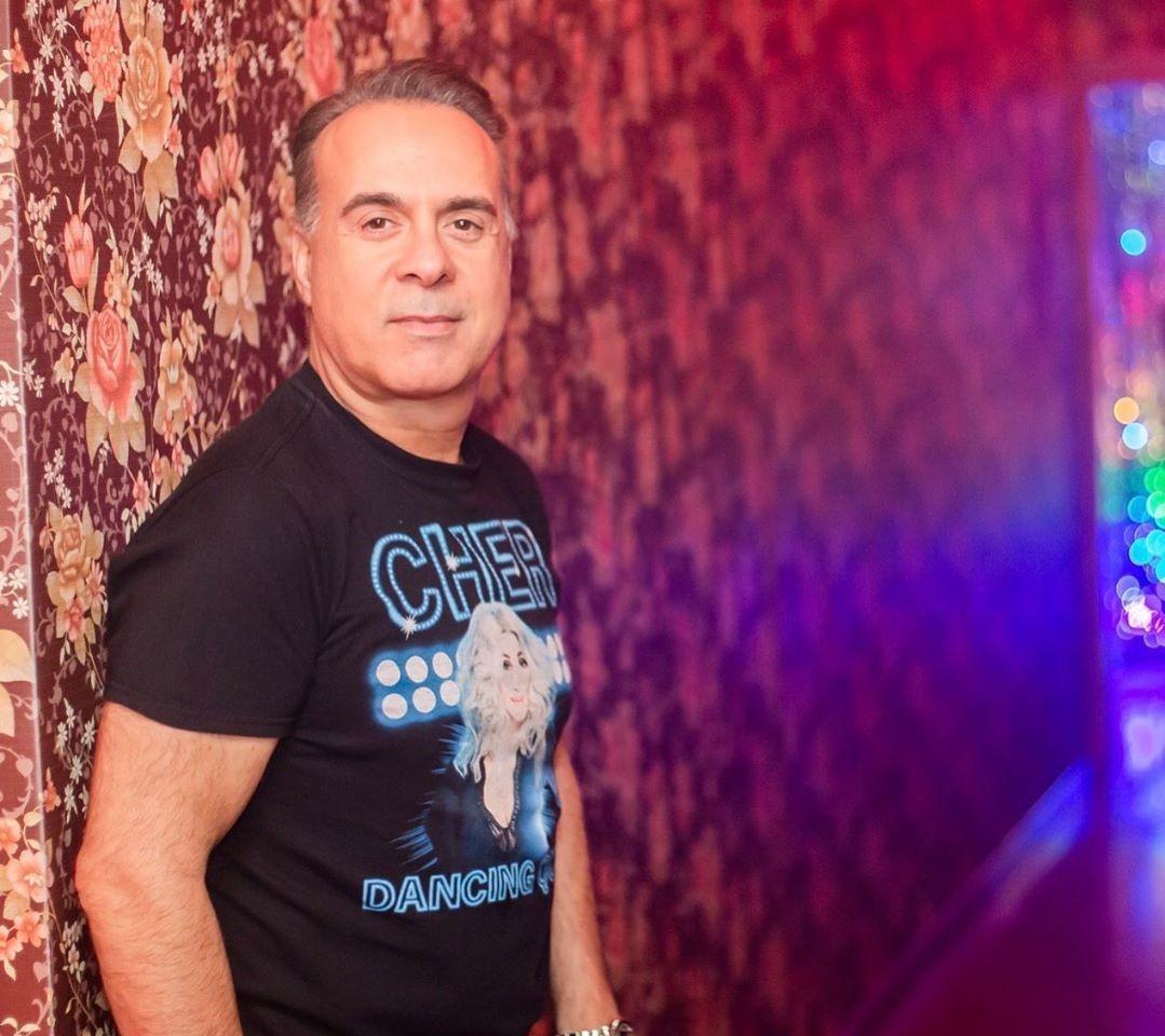 Ο Φώτης Σεργουλόπουλος μένει σπίτι και περιγράφει την εμπειρία του