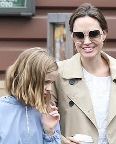 Ακόμα και η Angelina ψωνίζει προμήθειες με τον φόβο του κορονοϊού