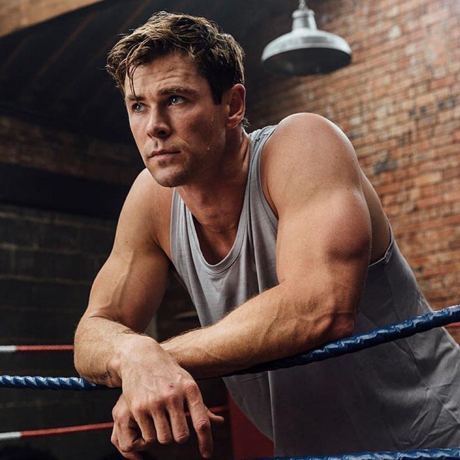 Ο Chris Hemsworth μας φτιάχνει τη μέρα