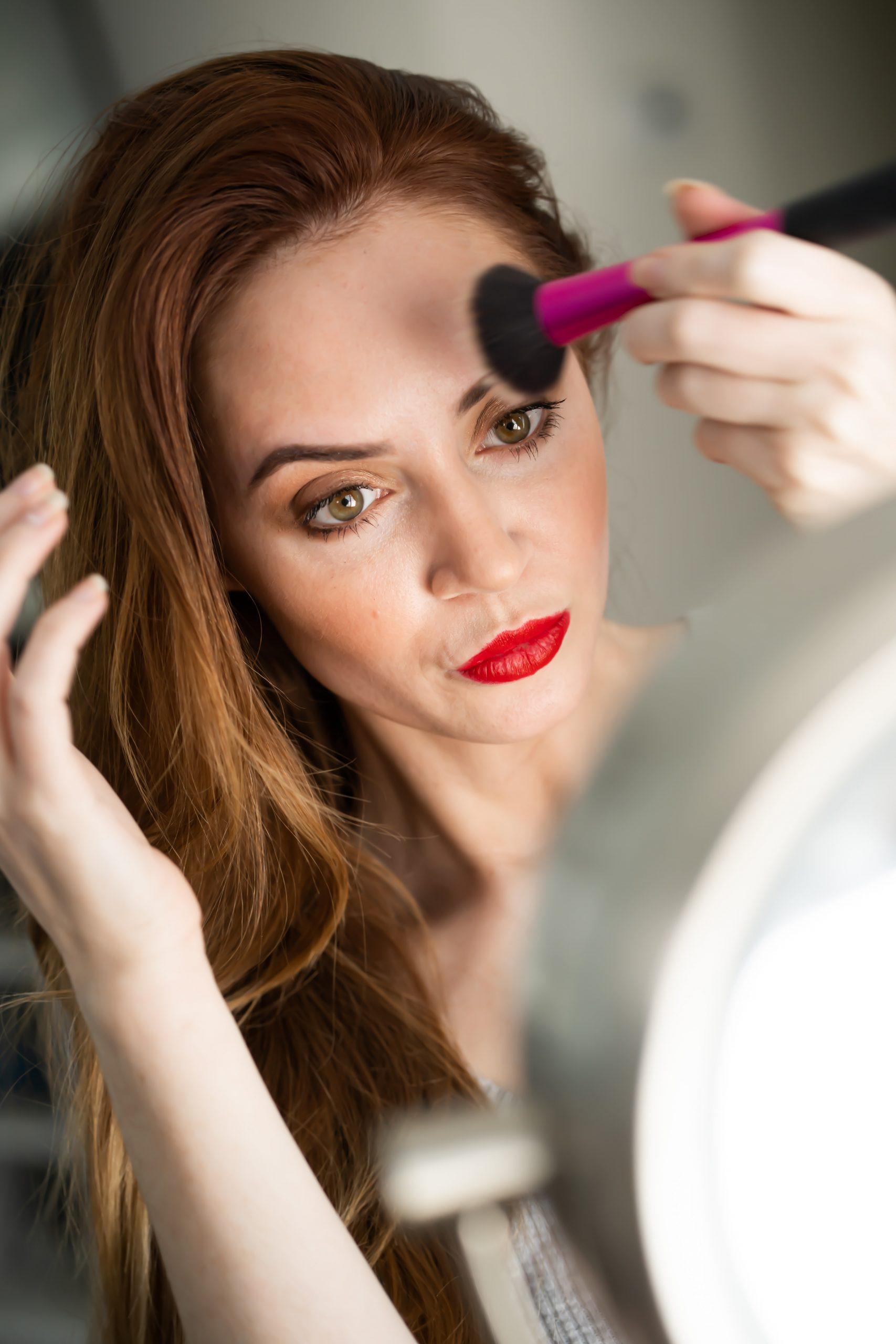 7 πράγματα που θα σου συμβούν αν σταματήσεις να βάζεις make-up