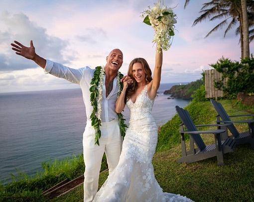 Η καραντίνα κάνει καλό στον γάμο του Dwayne Johnson