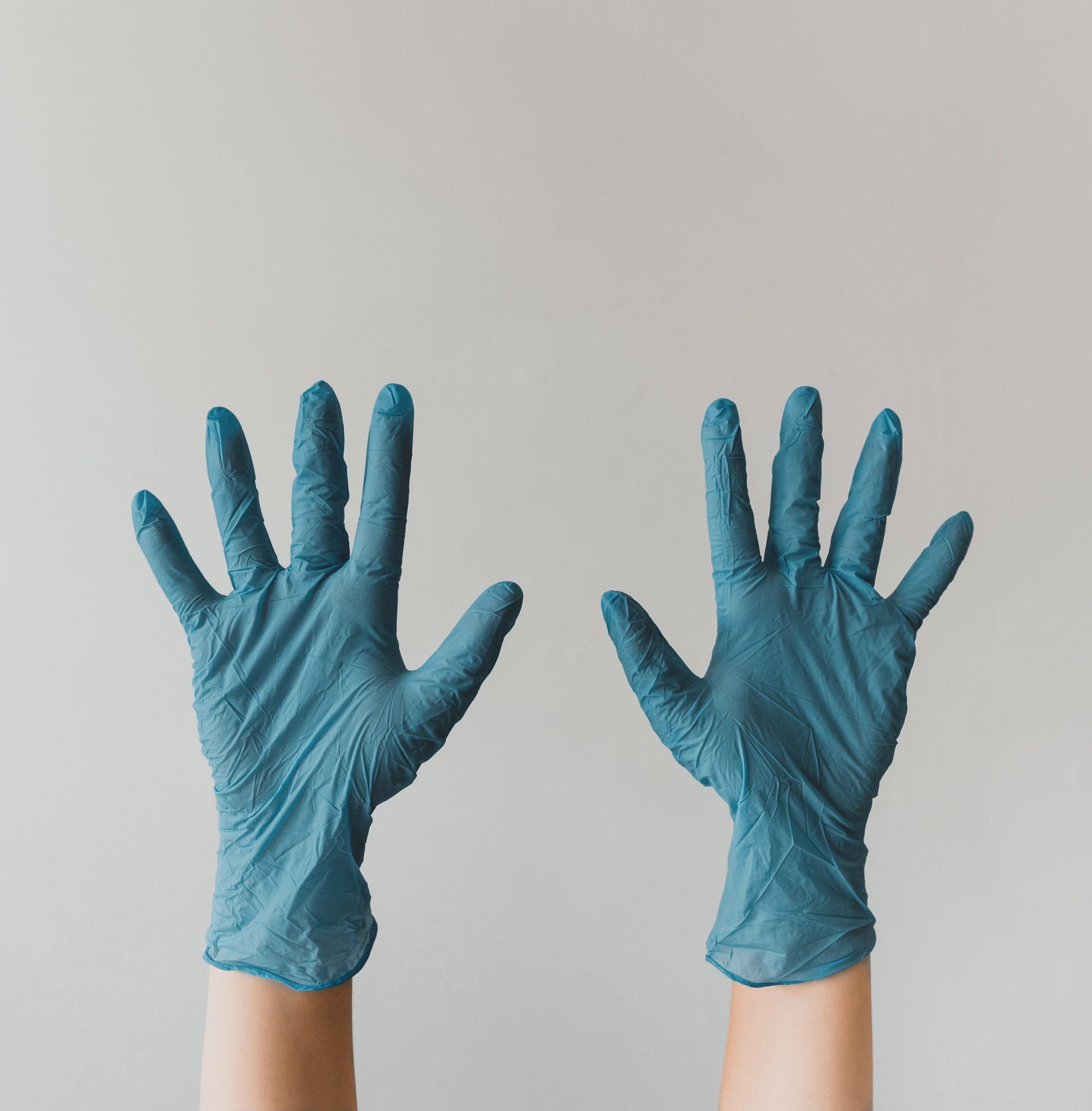 3 λάθη που πρέπει να αποφύγεις όταν χρησιμοποιείς γάντια μιας χρήσης