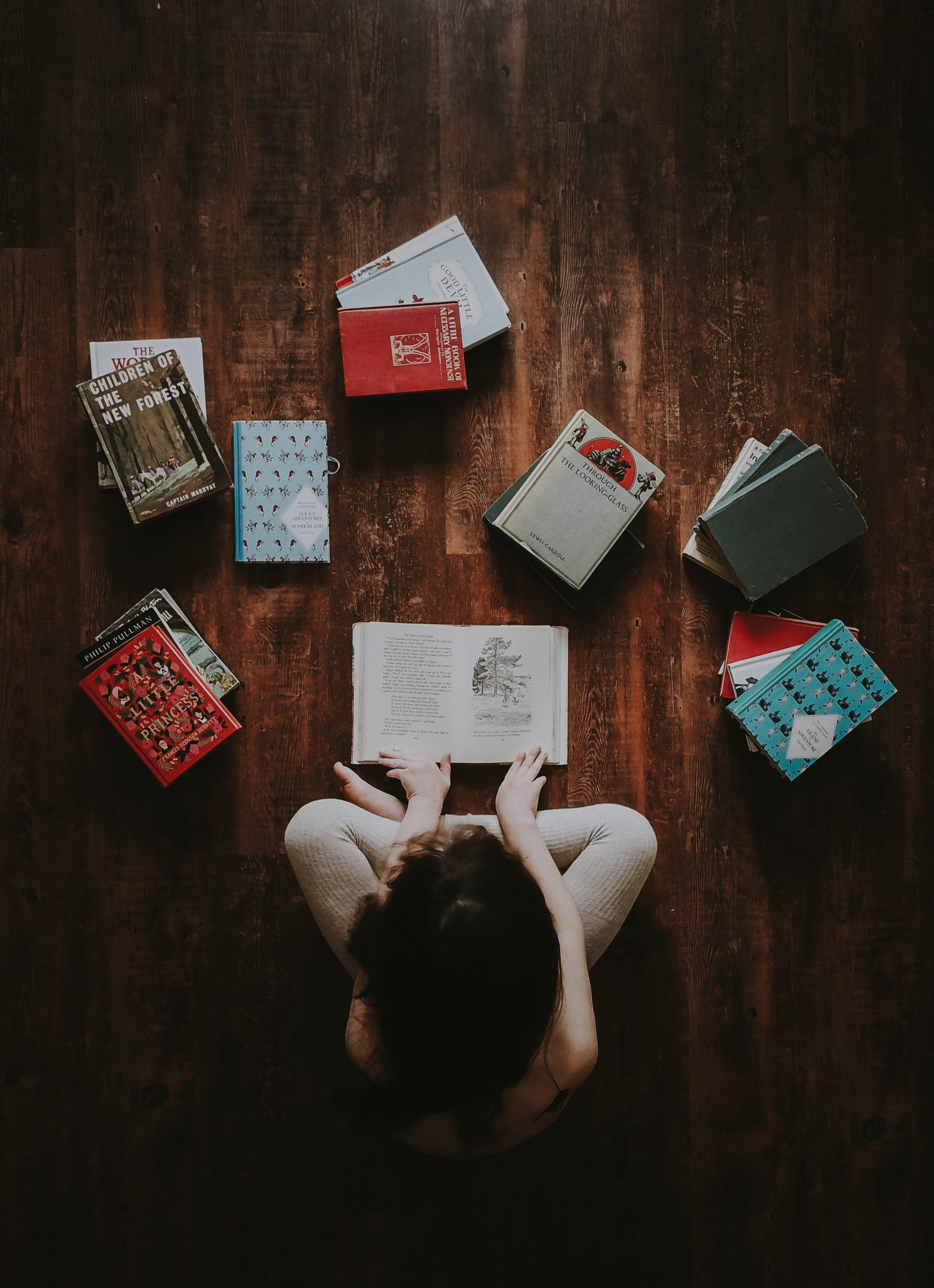 Η πανδημία στη λογοτεχνία: 6 κλασικά βιβλία για να διαβάζεις όσο βρίσκεσαι σε καραντίνα