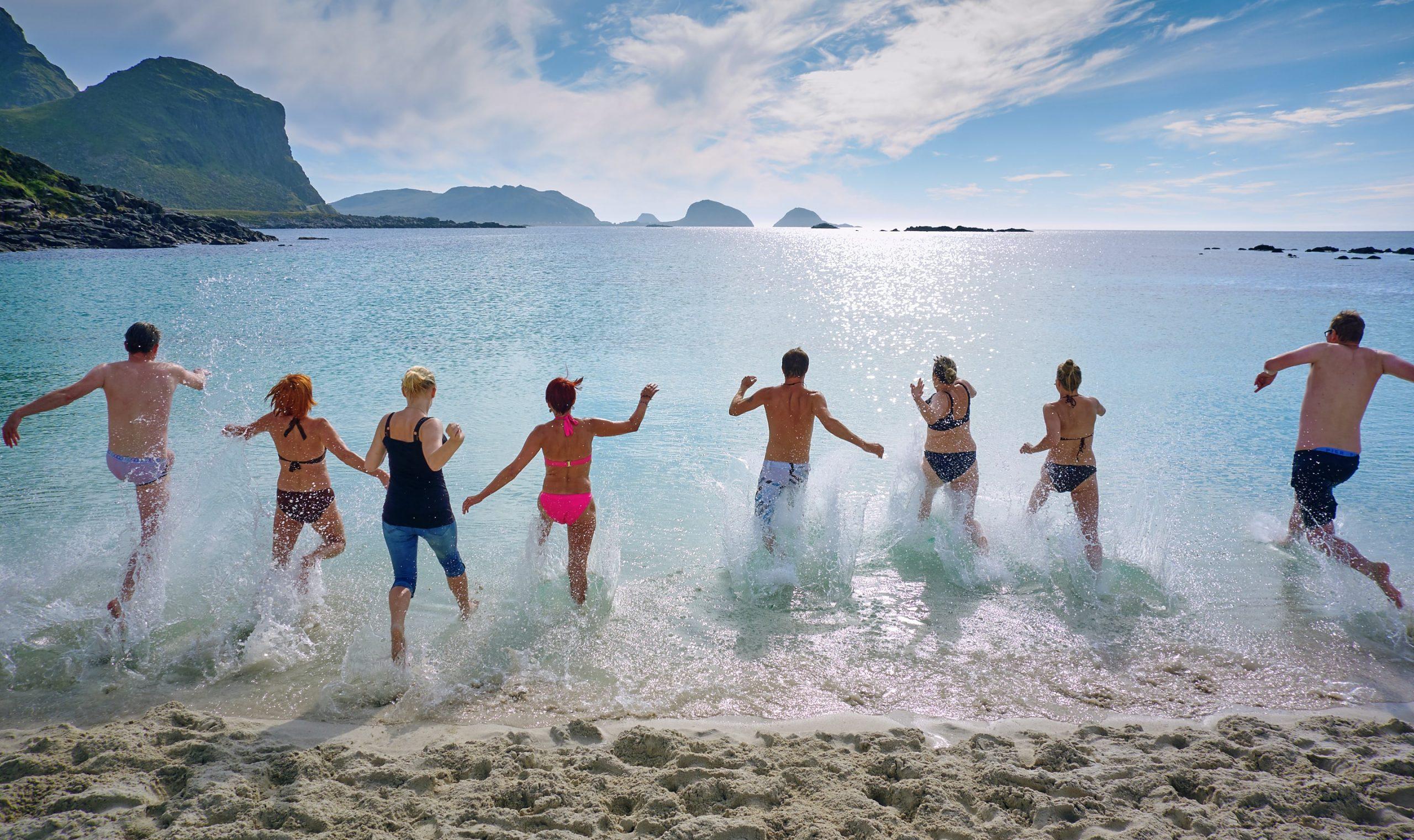 Πόσο ασφαλείς είναι οι παραλίες το καλοκαίρι του κορονοϊού; Οι ειδικοί απαντούν