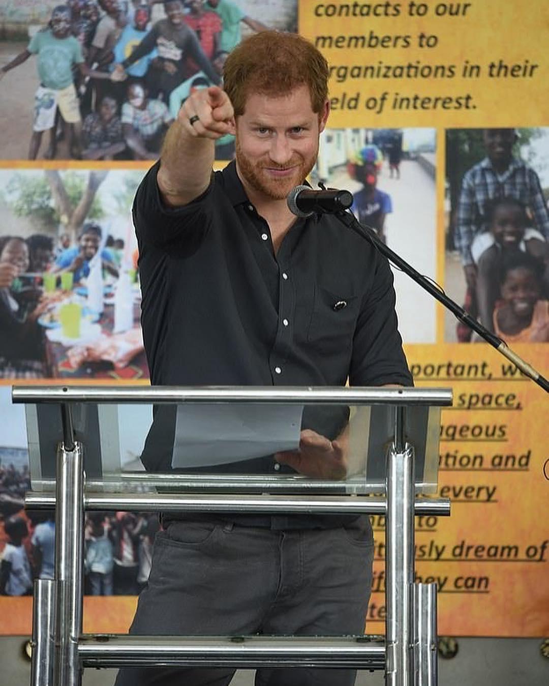 Δύσκολοι καιροί για πρίγκιπες: Ο Harry νιώθει σαν χαμένος στο Λος Άντζελες, σύμφωνα με βασιλικό βιογράφο