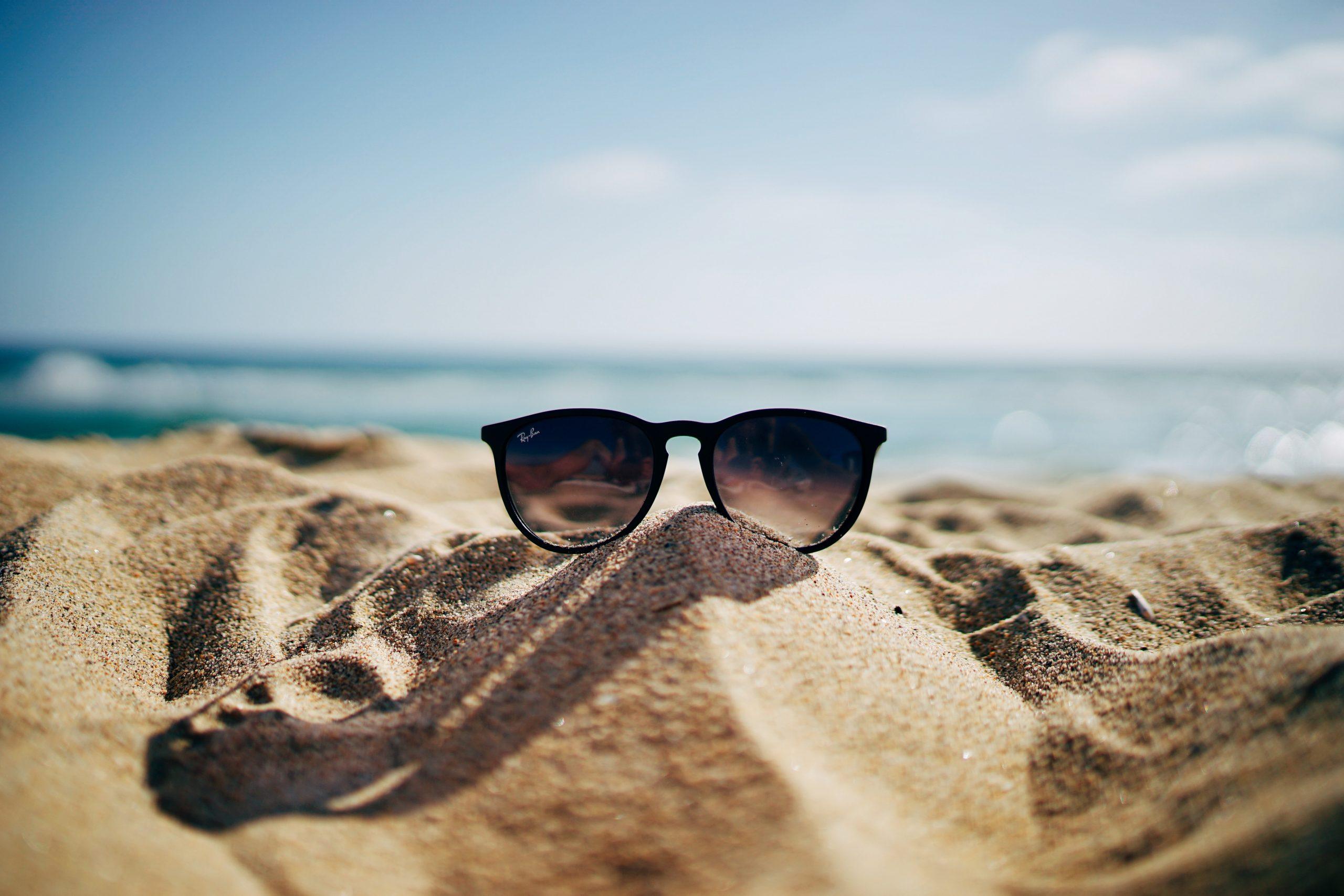6 πράγματα που πρέπει να ξέρεις για να προστατευτείς από τον Covid-19 το καλοκαίρι
