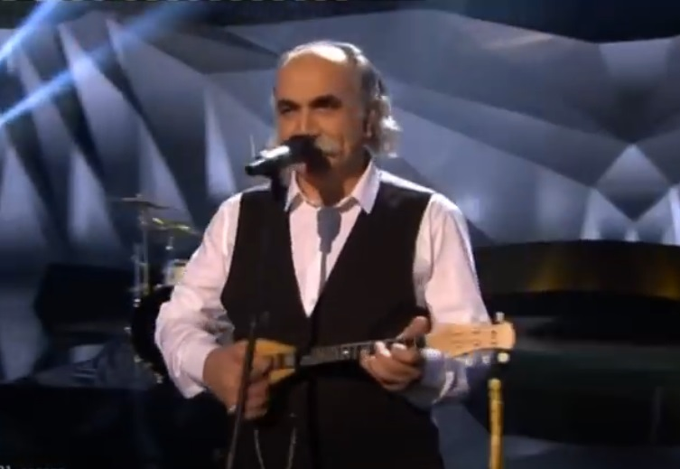 Πέθανε ο Αγάθωνας, ο ωραίος ρεμπέτης που το 2013 μας εκπροσώπησε στη Eurovision