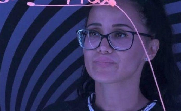 Το μάθημα της Χριστίνας – Πώς η παίκτρια του Big Brother -άθελά της- είπε περισσότερα απ' όσα αντέχαμε ν' ακούσουμε