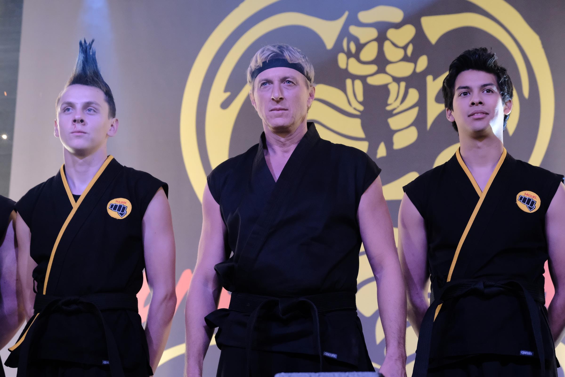 Cobra Kai: Ο 3ος κύκλος της σειράς (του τηλεοπτικού hit του '80) έρχεται στο Netflix και οι τηλεθεατές έχουν τρελαθεί
