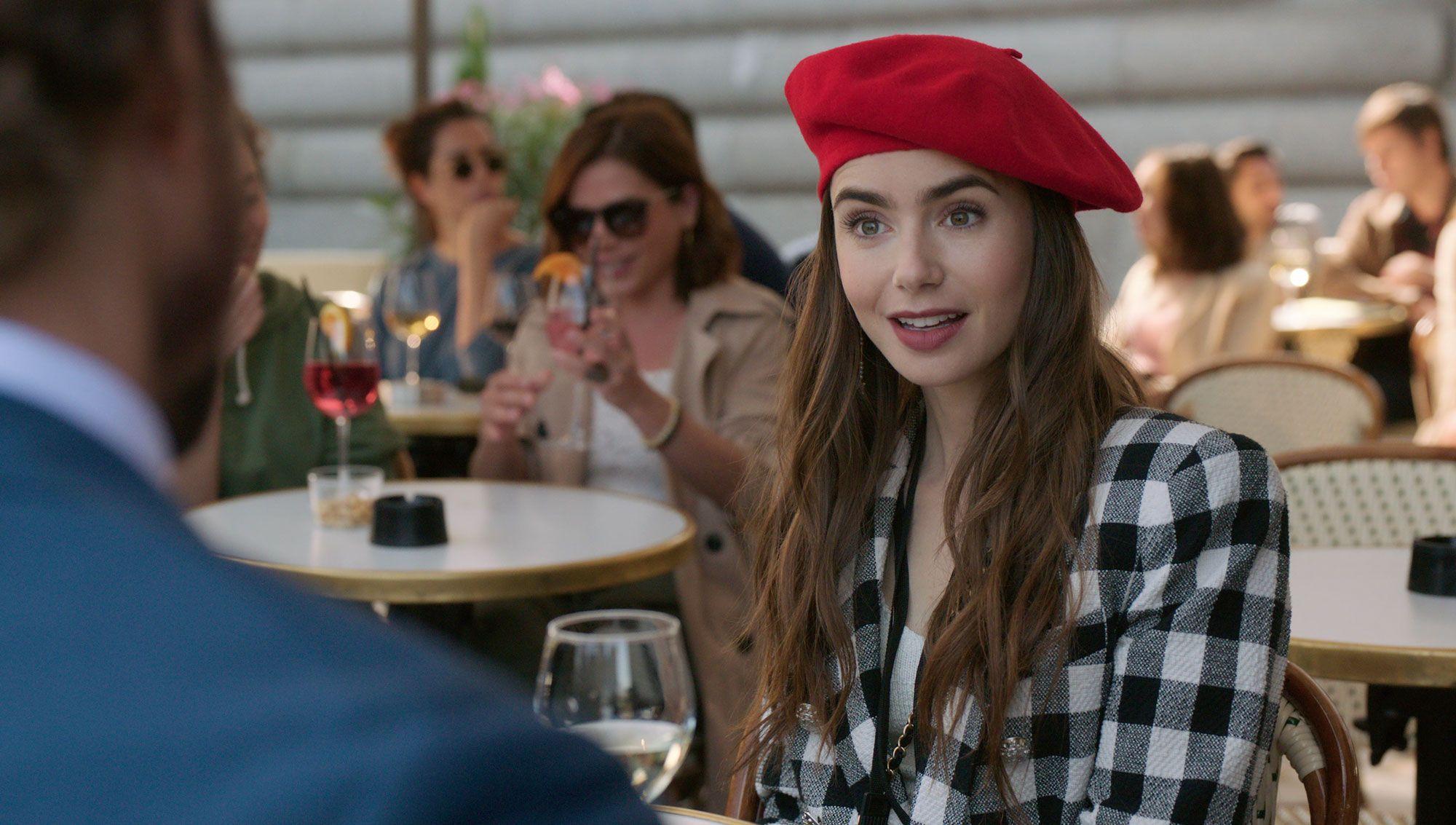 Emily in Paris: Οι Γάλλοι είναι έξαλλοι με τη νέα σειρά του Netflix και δεν το κρύβουν!