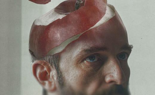 """Ο Γιάννης Σερβετάλης πήρε εισιτήριο για τα """"Όσκαρ"""" με τα """"Μήλα"""" του Χρήστου Νίκου"""