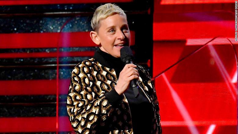 Η Ellen DeGeneres επέστρεψε στο talk show της