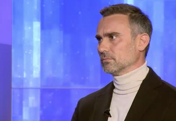 """Γιώργος Καπουτζίδης: """"Δε θέλω να είμαι σε ένα κανάλι που δε θέλουν έναν γκέι"""""""