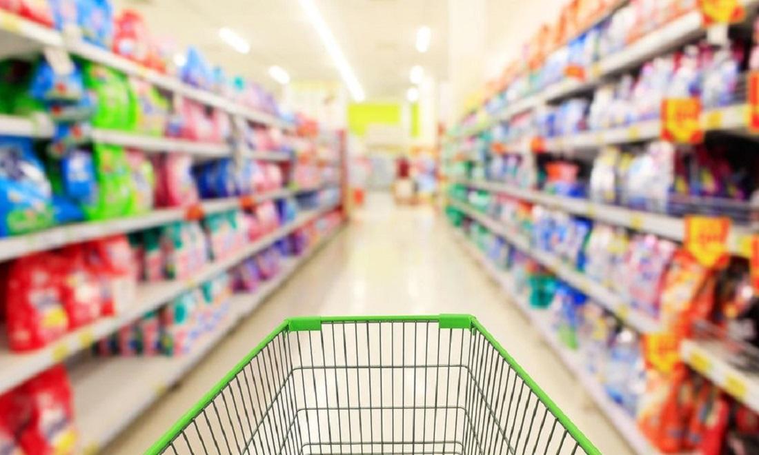 «Όταν η έλλειψη εξόδων είναι εμφανής»: Πελάτες χόρευαν με τα καρότσια σε σούπερ μάρκετ