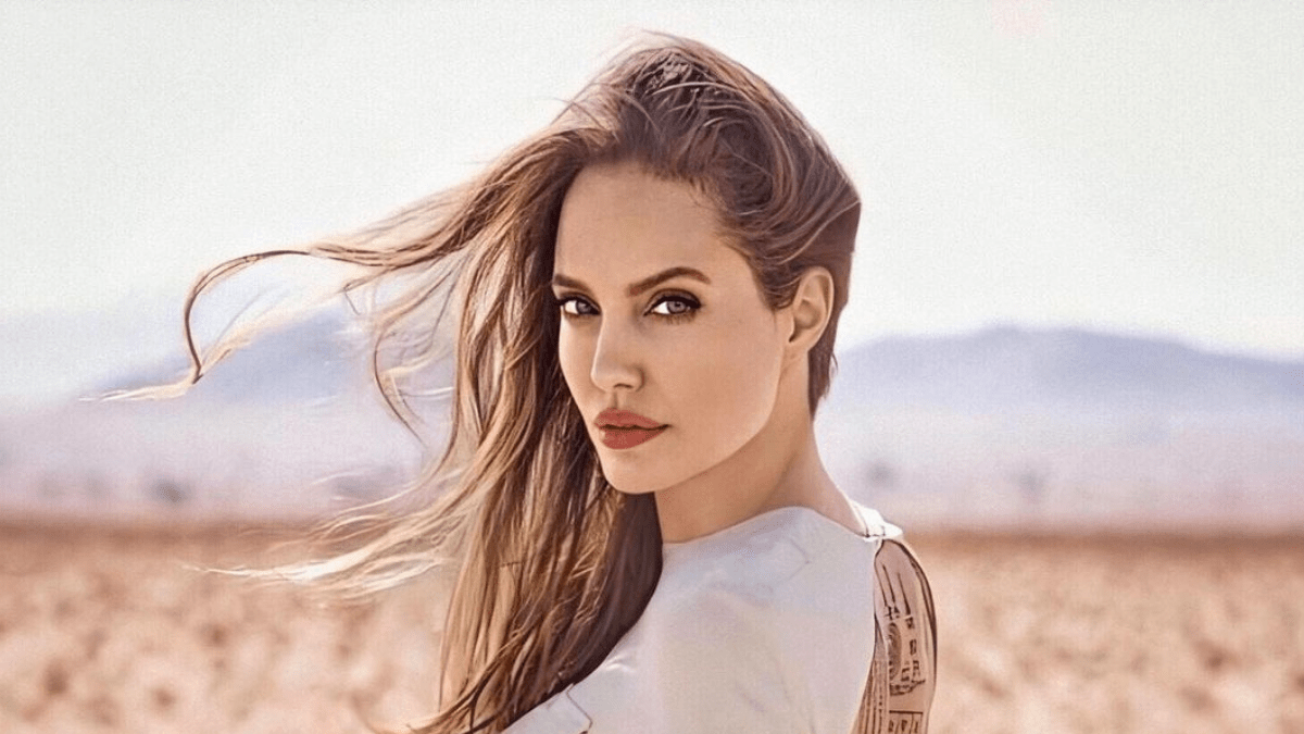 Angelina Jolie: Πώς απέκτησε 2 εκατομμύρια followers σε 2 ώρες