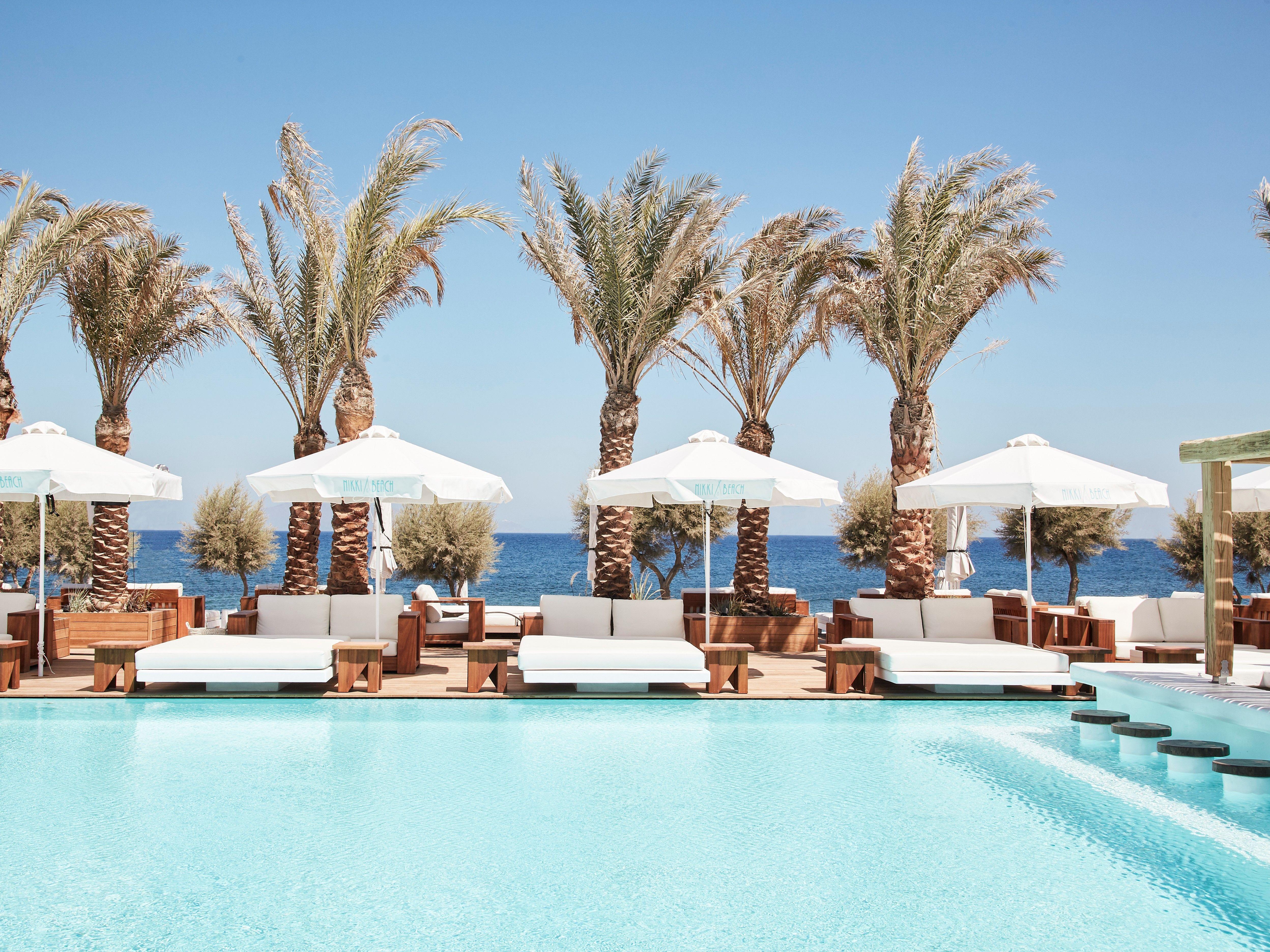 3 χρόνια Nikki Beach Resort & Spa Santorini